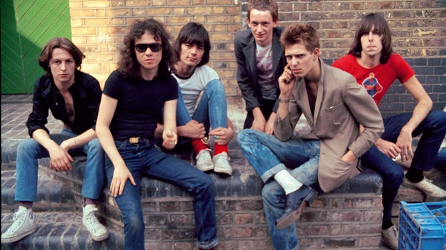 the-ramones-with-paul-simonon-of-the-clash-credit-danny-fields-4jul.jpg