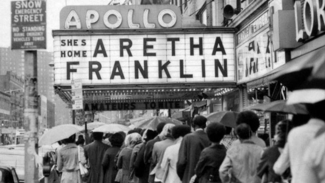 Aretha At The Apollo.jpg